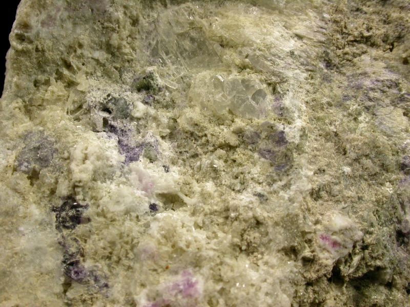 Monteregianite & Calcioancylite-(Ce)