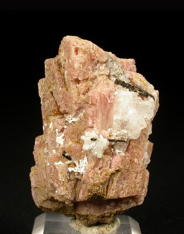 Manganoneptunite & Sérandite
