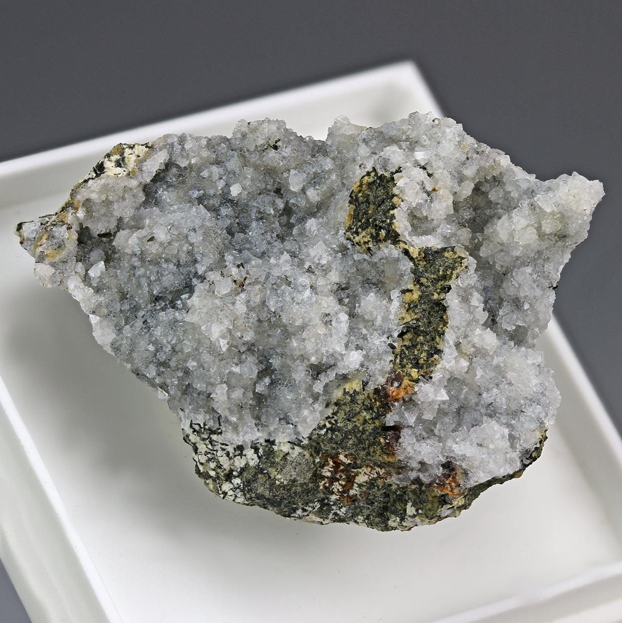 Gismondine-Ca & Thomsonite