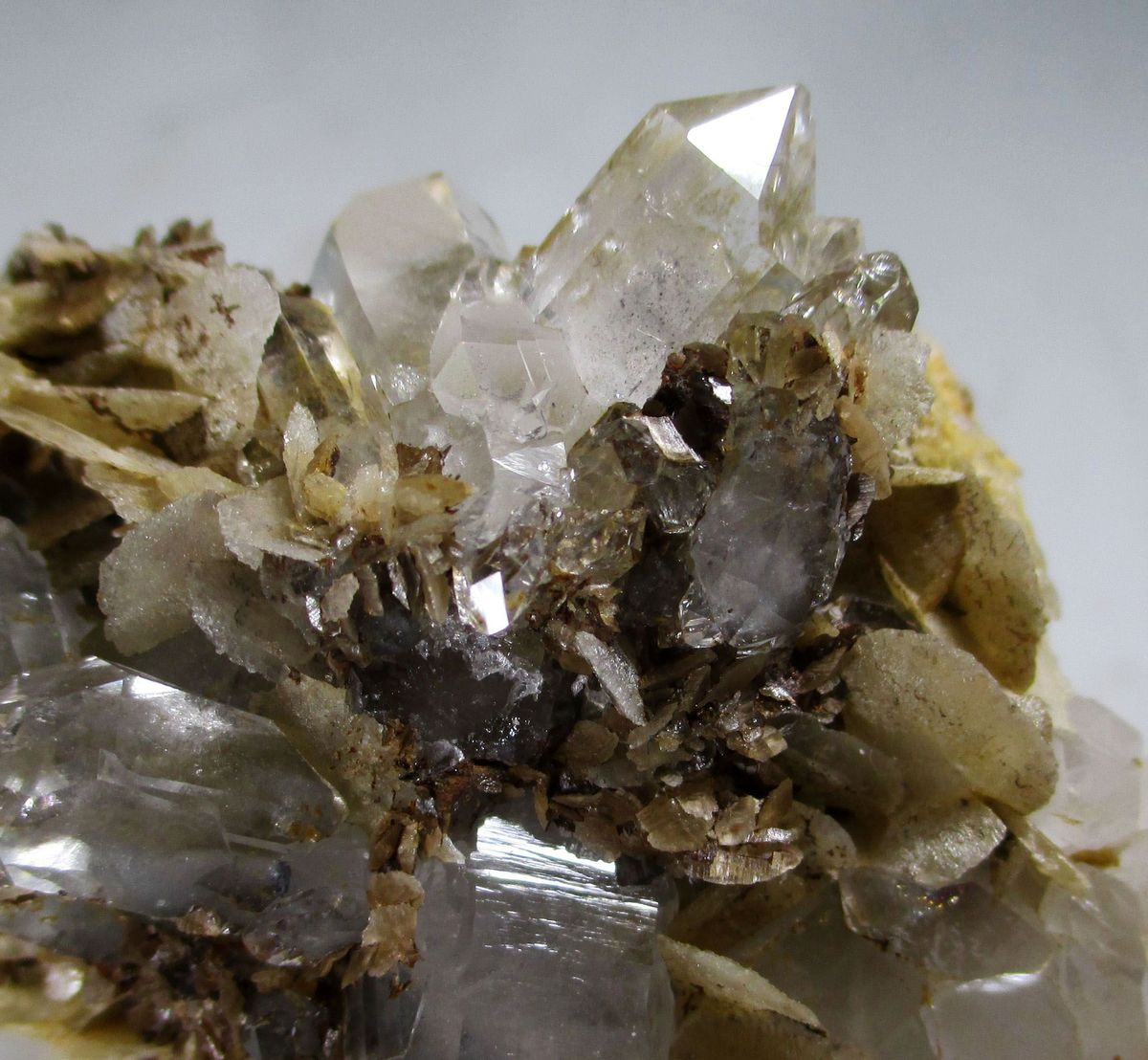 Magnesite & Rock Crystal