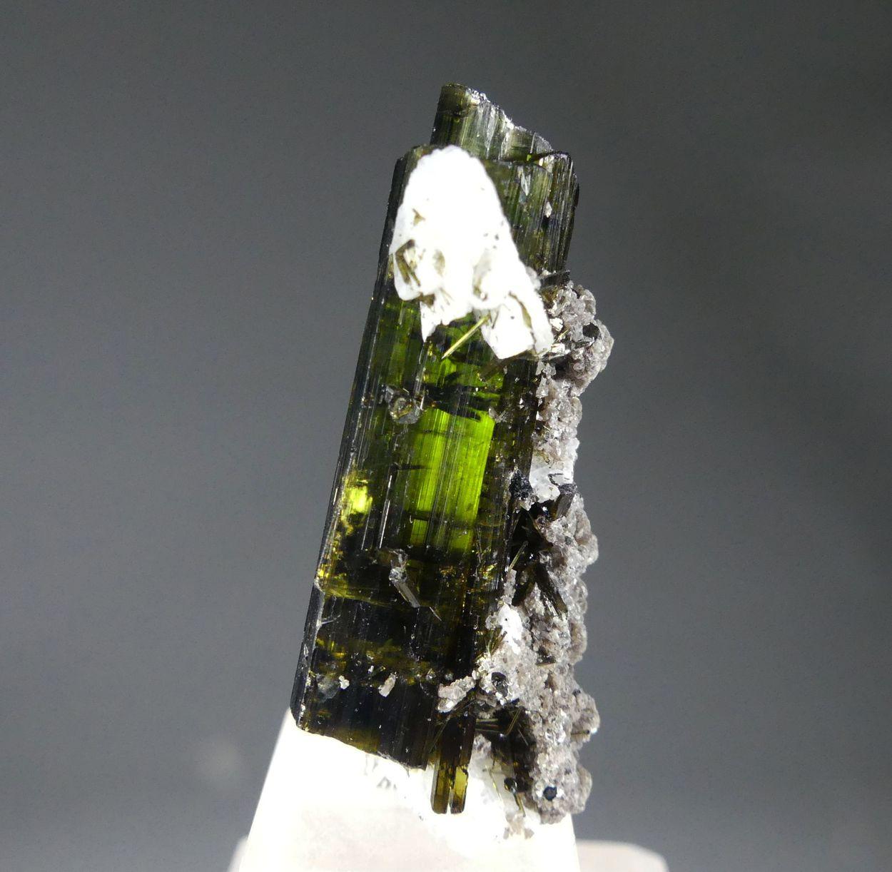 Tourmaline Var Verdelite With Lepidolite & Cleavelandite