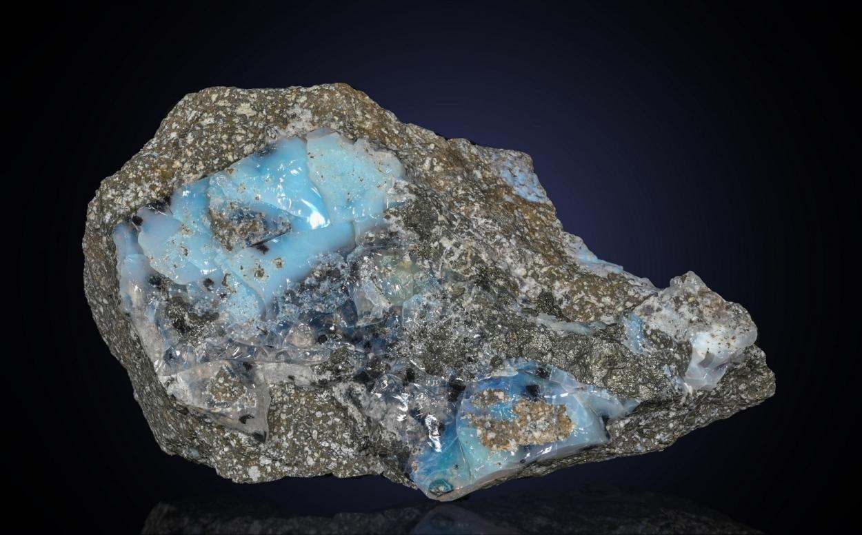 Stibnite In Precious Opal