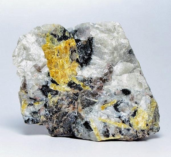 Wöhlerite
