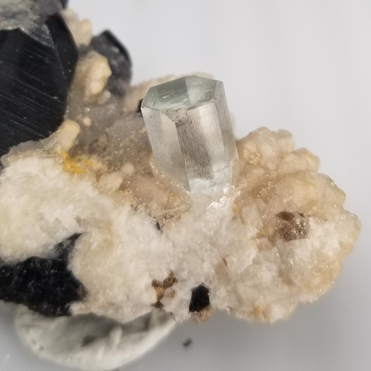 Aquamarine With Quartz
