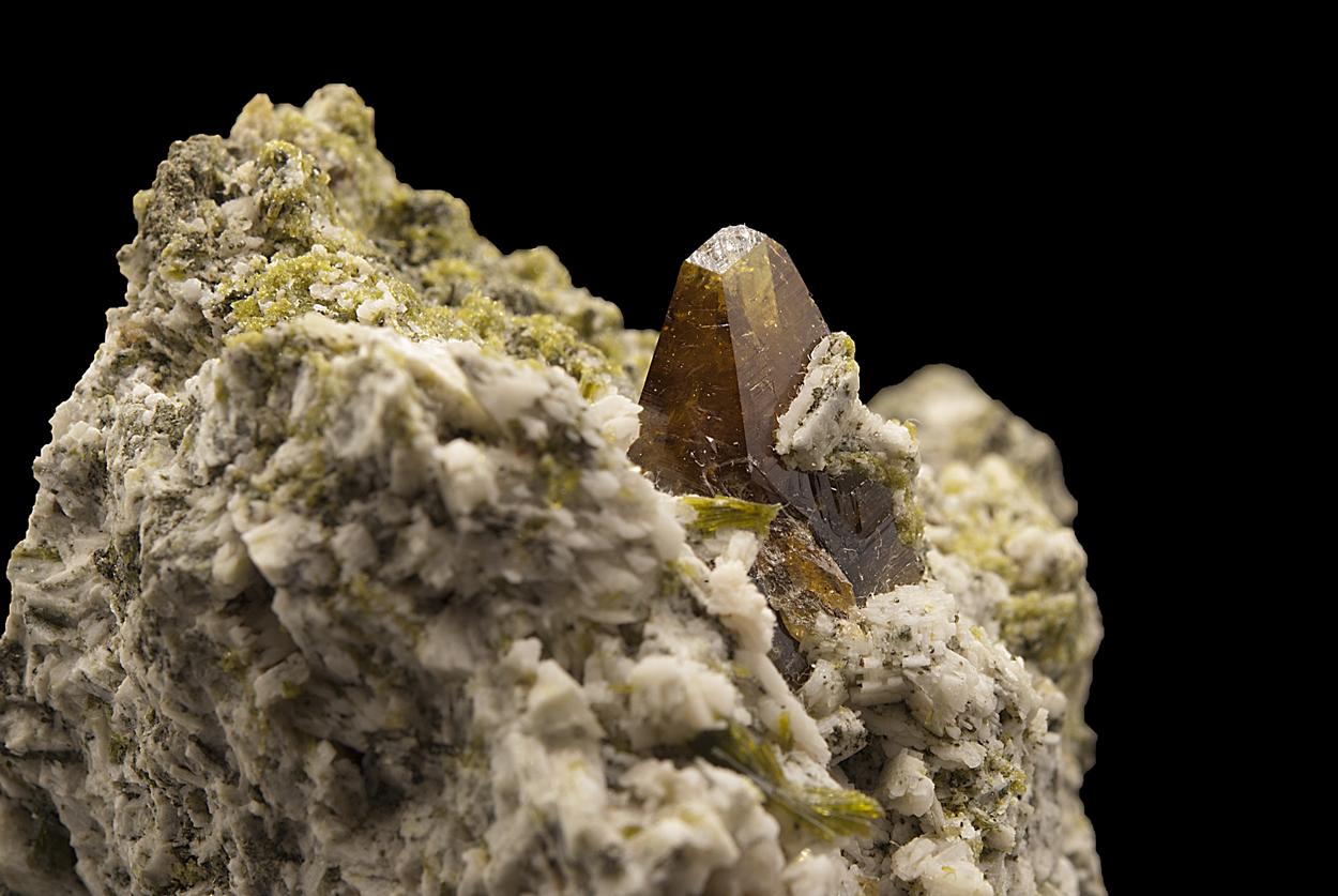 Titanite On Epidote