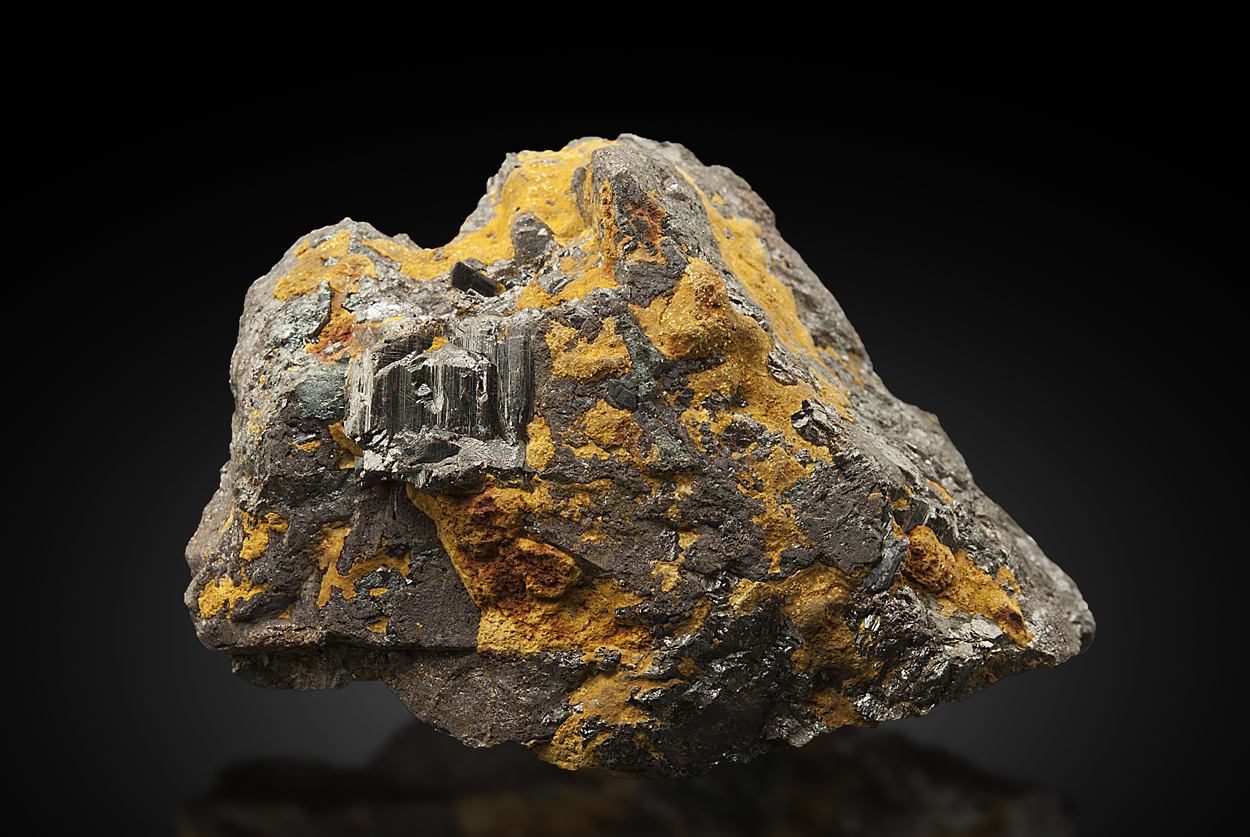 Rutile On Ilmenite With Bauxite