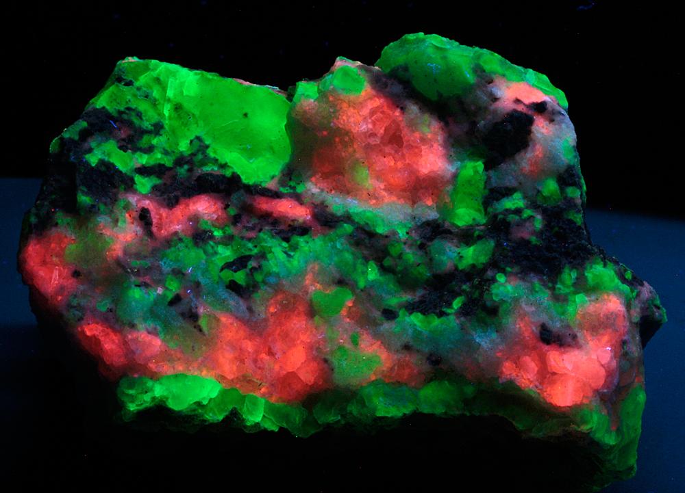 Chalcedony & Calcite
