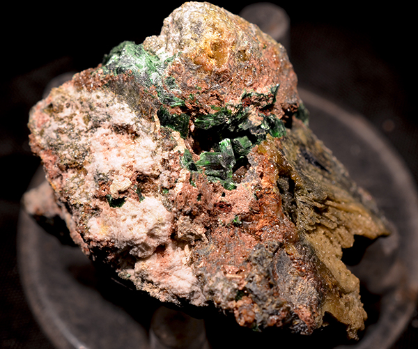 Szenicsite Powellite & Molybdenite