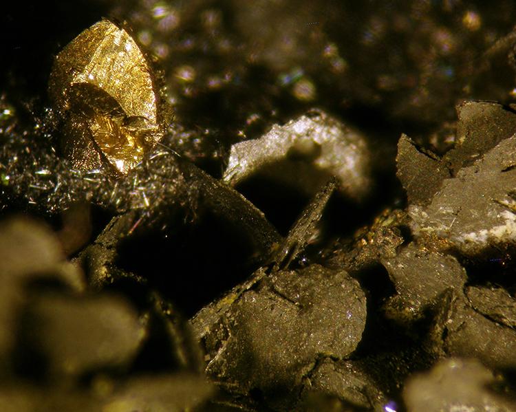 Fülöppite Sphalerite & Chalcopyrite