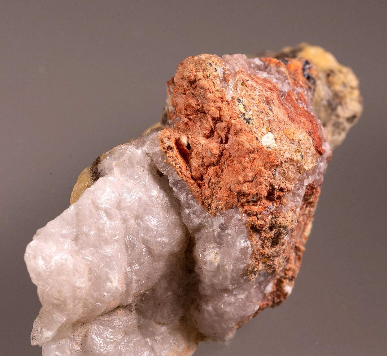 Minium & Calcite