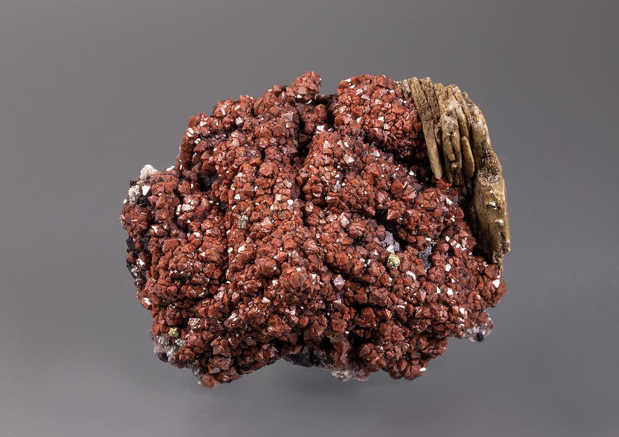 Quartz Var Eisenkiesel Fluorite Baryte & Chalcopyrite