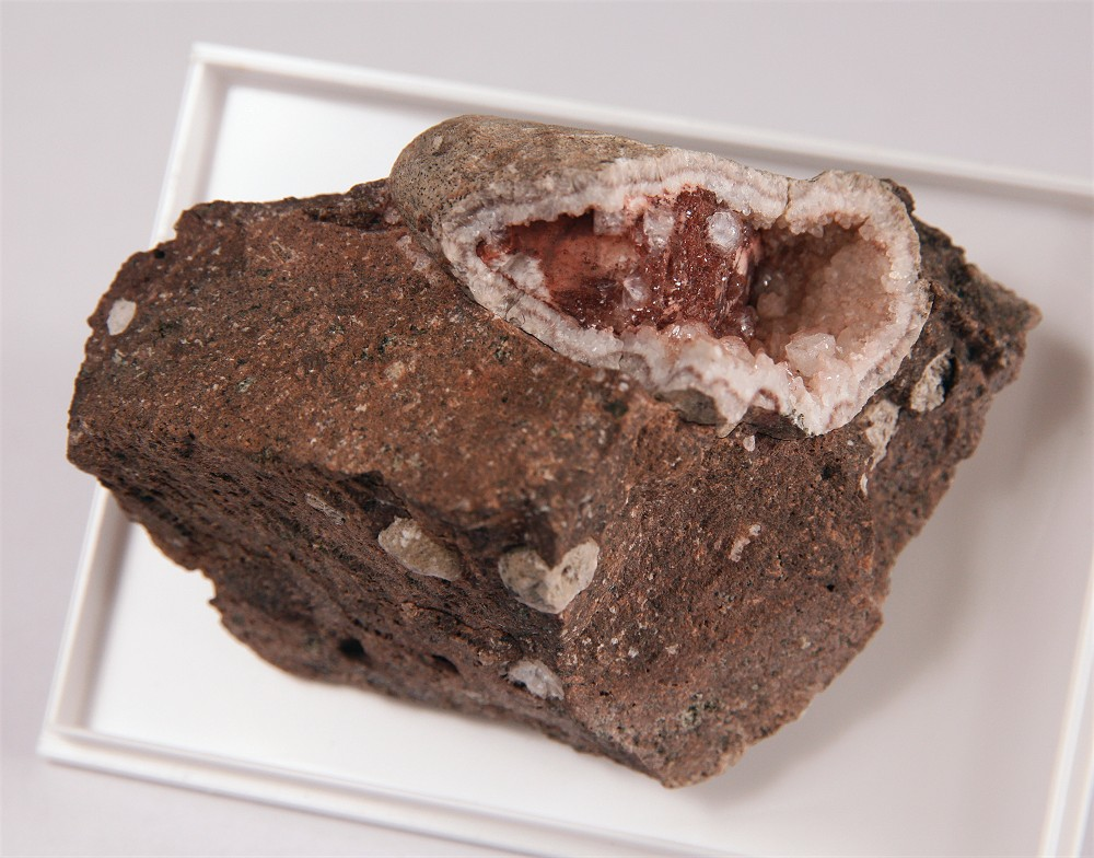 Analcime With Chabazite & Stilbite