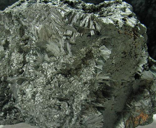 Pyrolusite & Braunite