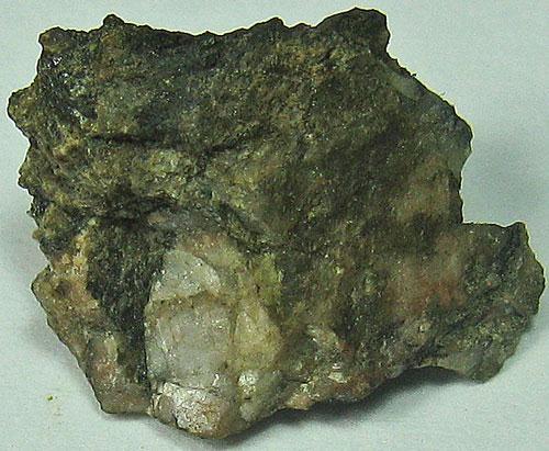 Yftisite-(Y) & Fergusonite-(Y)