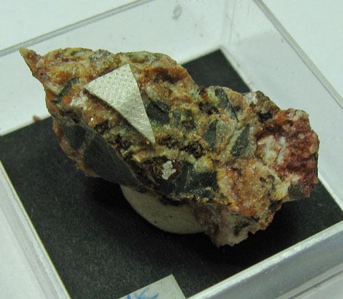 Plumbojarosite