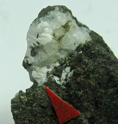 Tetranatrolite & Phillipsite