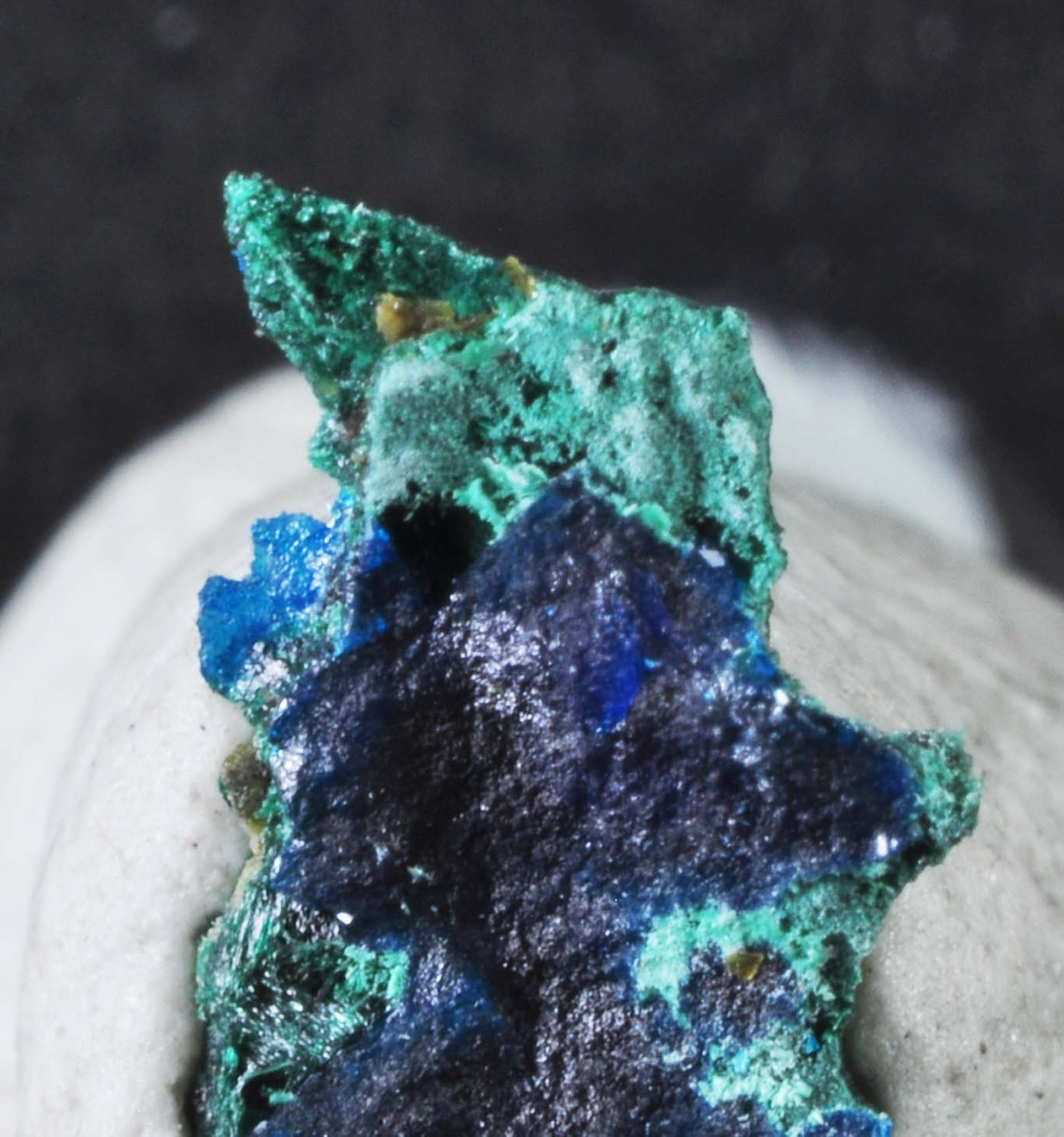 Gold & Percylite & Brochantite