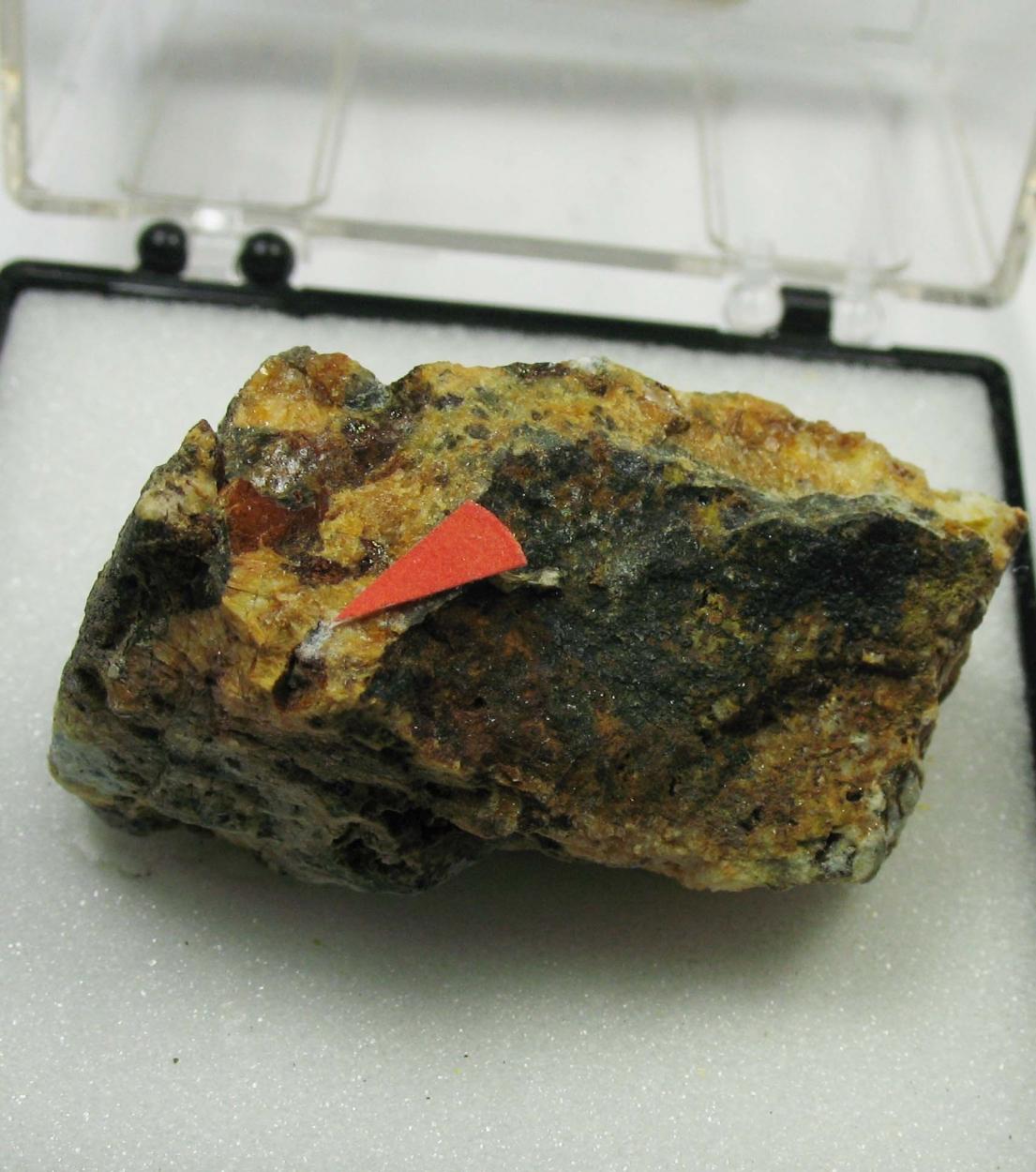 Hydrozincite & Plumbojarosite