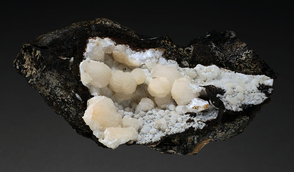 Thomsonite