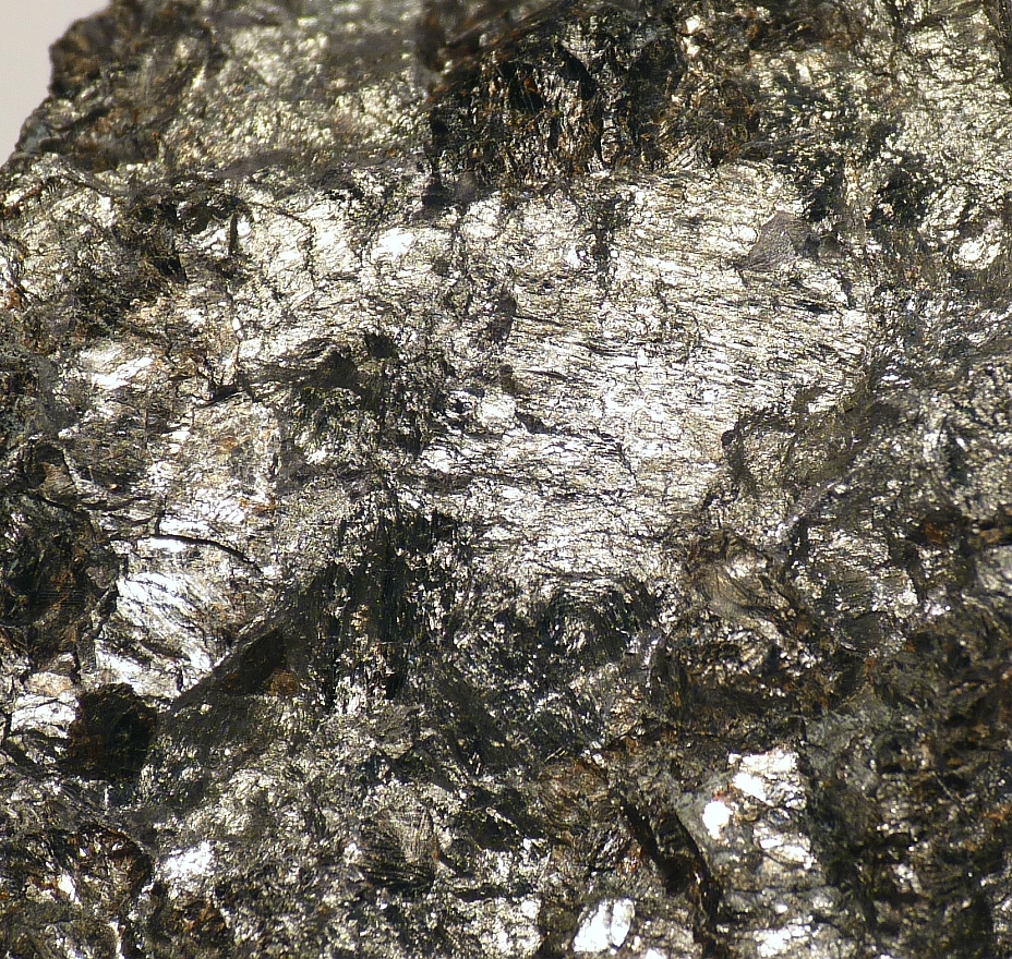 Meneghinite