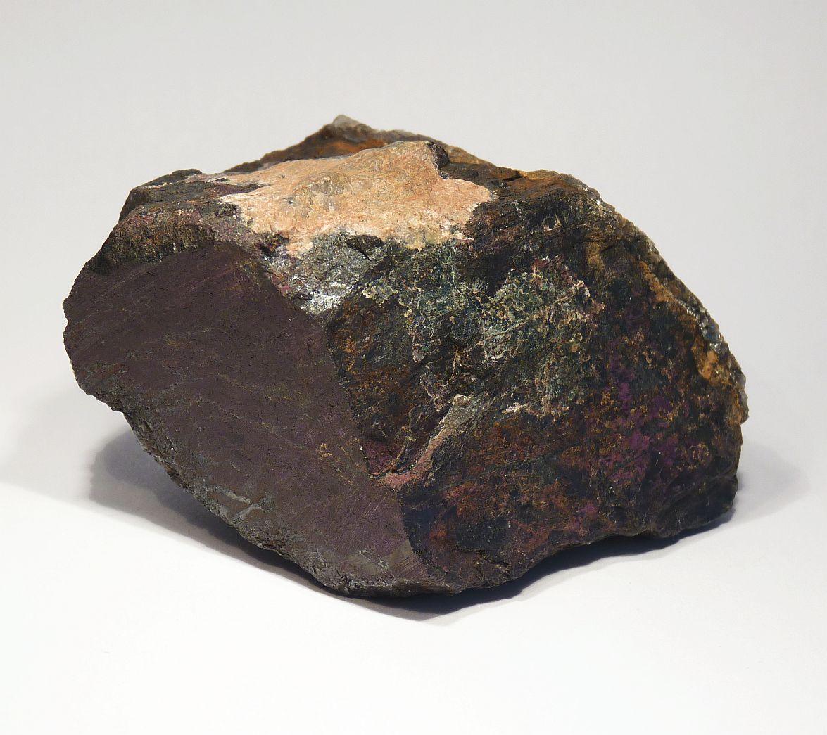 Purpurite Triplite & Lithiophilite