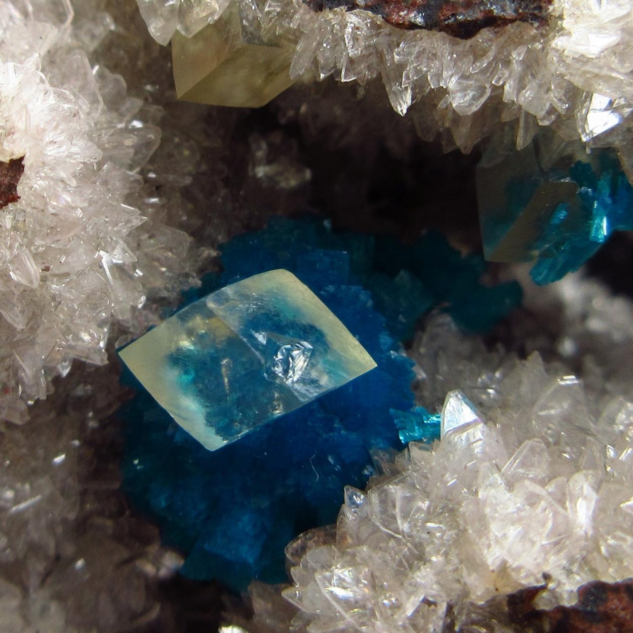 Cavansite Calcite & Heulandite