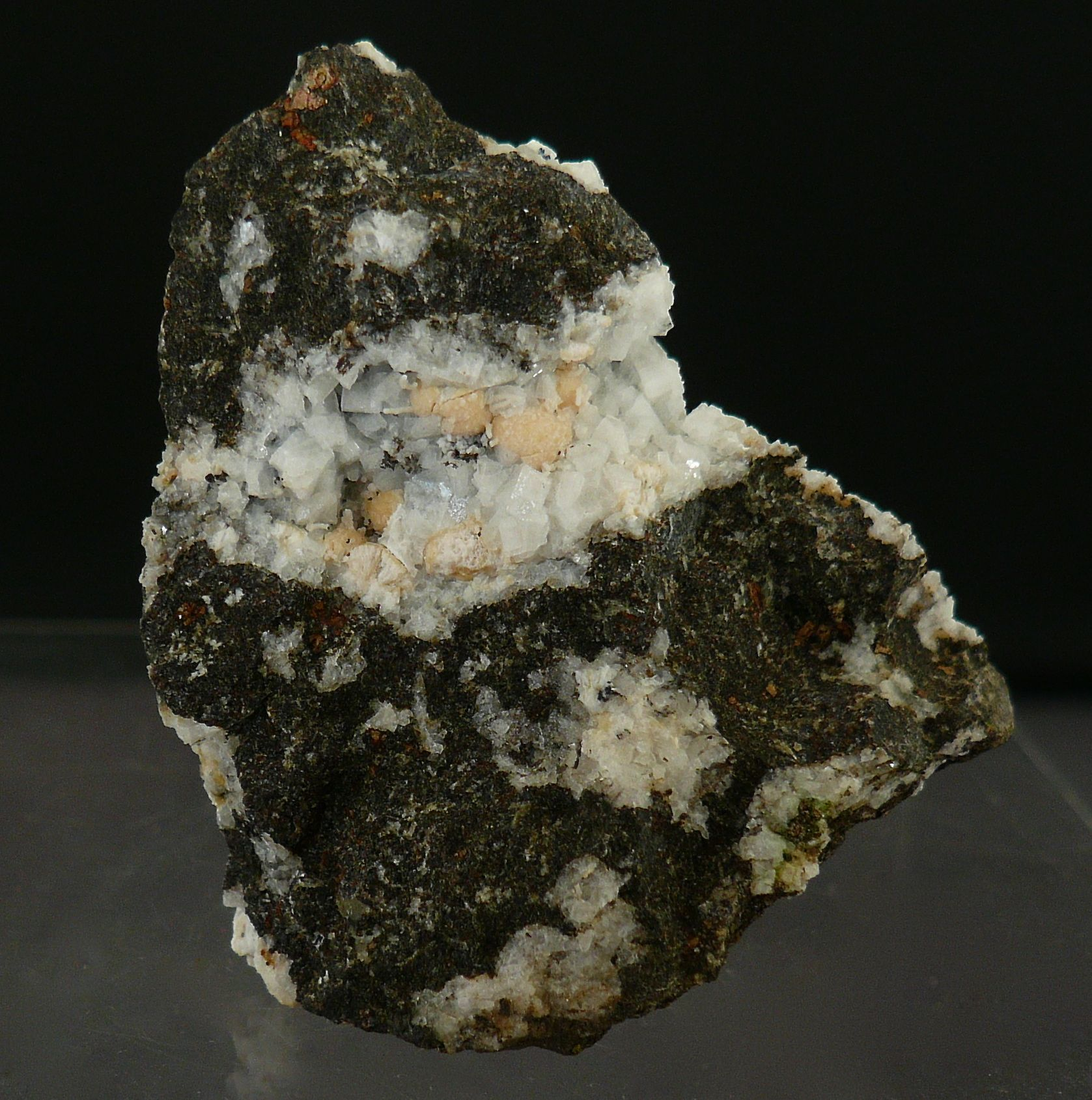 Ranciéite Chabazite & Saponite