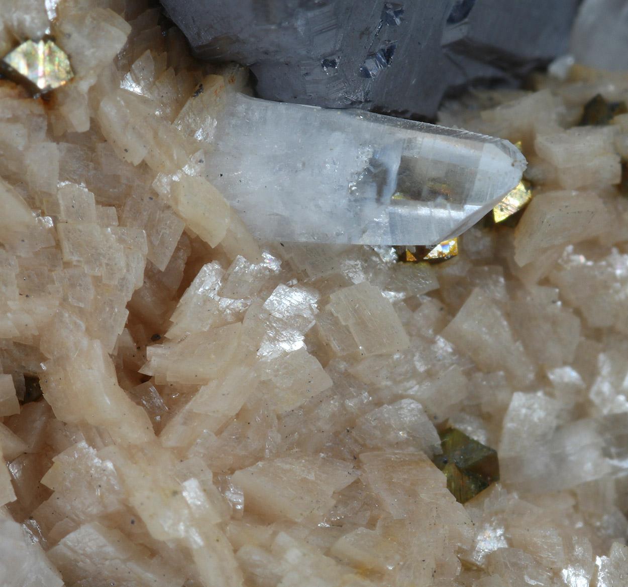 Galena Rhodochrosite Chalcopyrite & Quartz