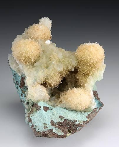 Thomsonite-Ca & Stilbite