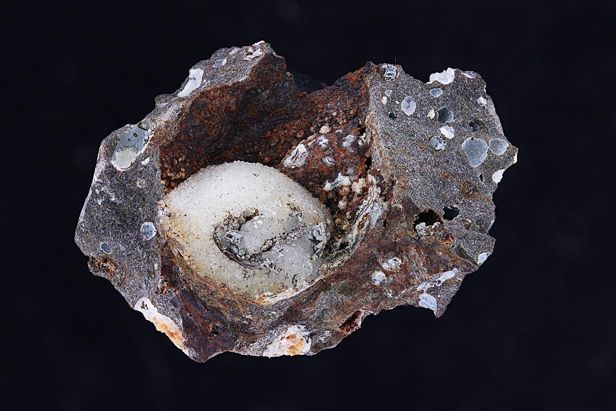 Gobbinsite & Phillipsite-Na