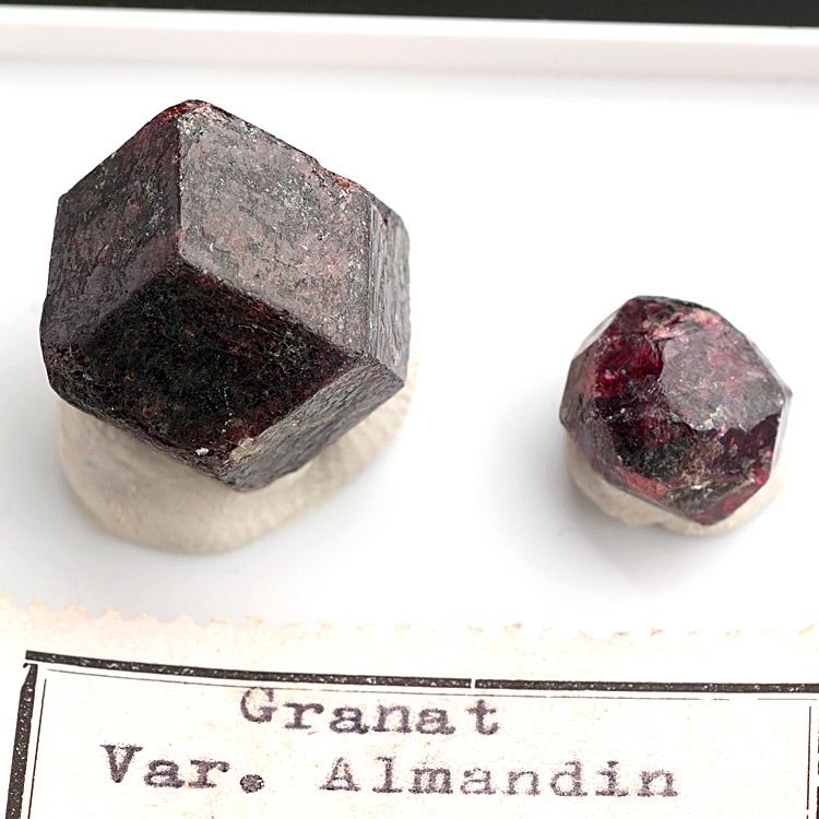 Garnet Var Almandine