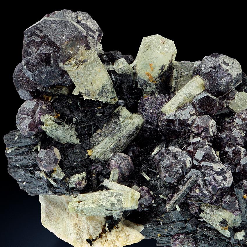 Beryl On Fluorite With Schorl