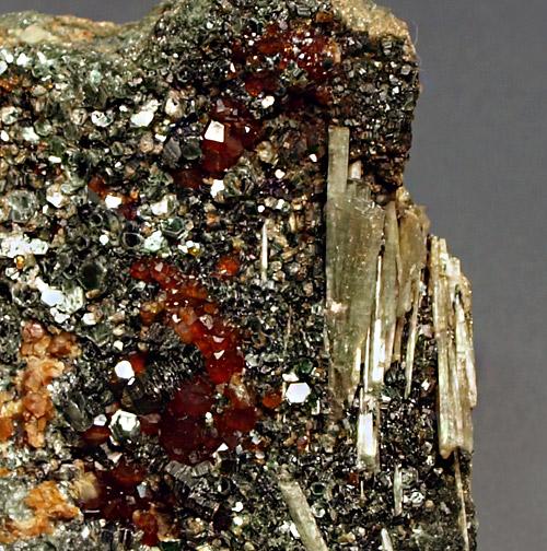 Diopside & Hessonite