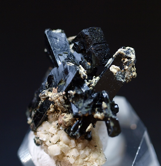 Fergusonite-(Y) & Zircon