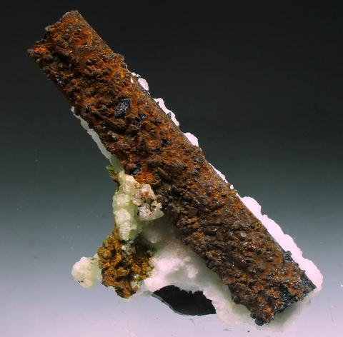 Aragonite & Manganese Oxides Psm Gypsum