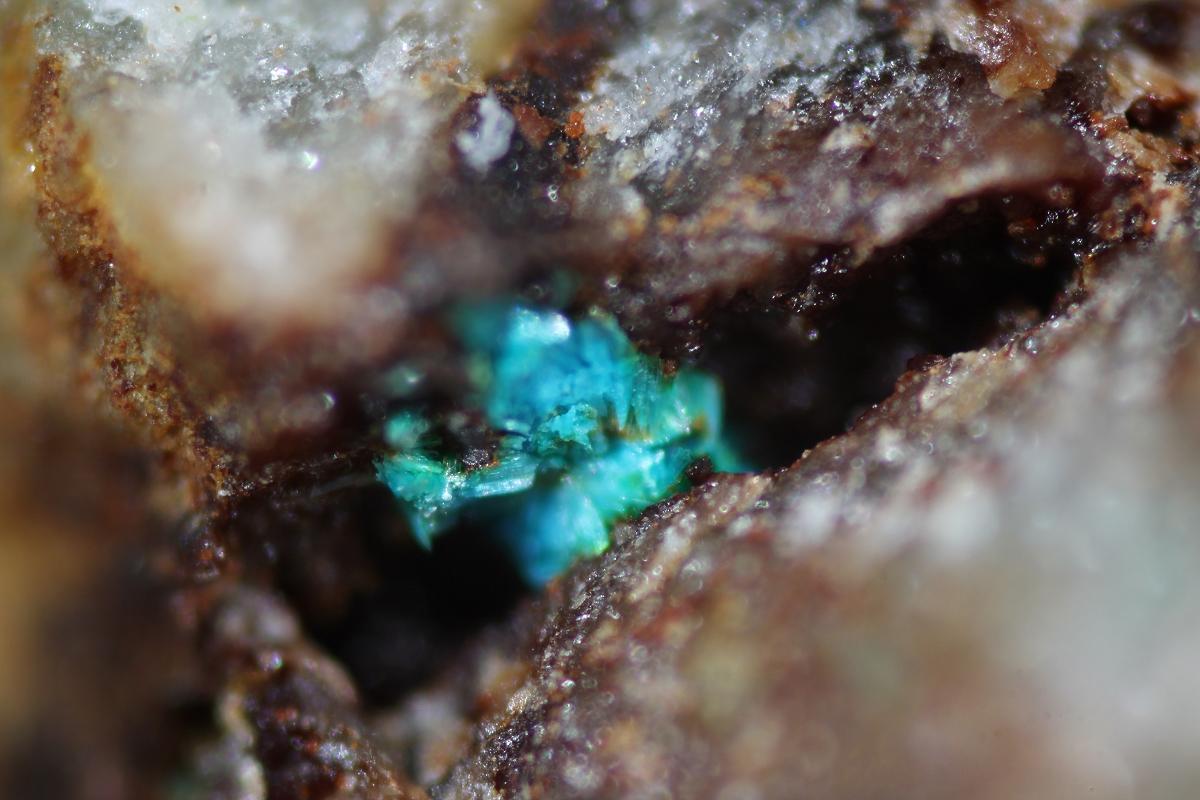 Barahonaite-(Al) Barahonaite-(Fe) & Cobaltarthurite