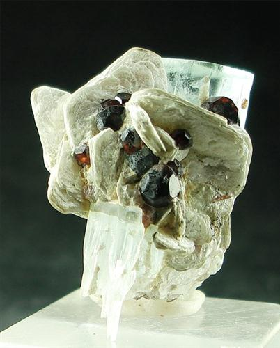 Aquamarine With Spessartine & Muscovite