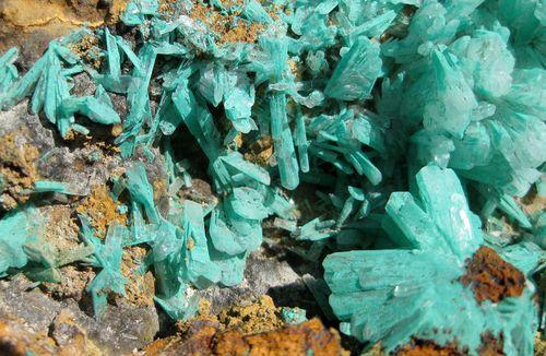 Hemimorphite With Malachite