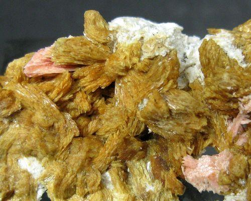 Tinzenite With Inesite On Quartz