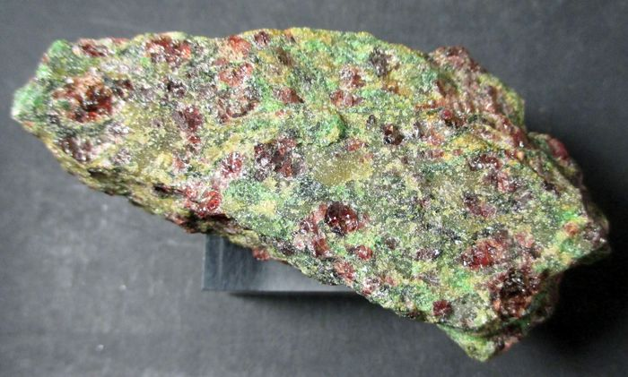 Pyrope Forsterite & Omphacite
