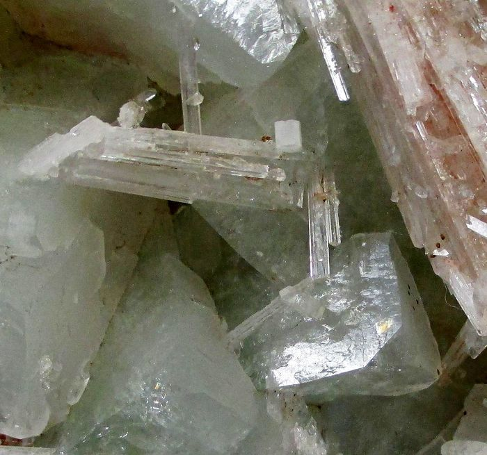 Scolecite Fluorapophyllite-(K) & Stilbite