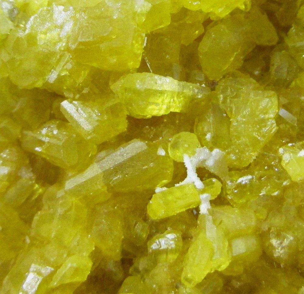 Native Sulphur & Calcite