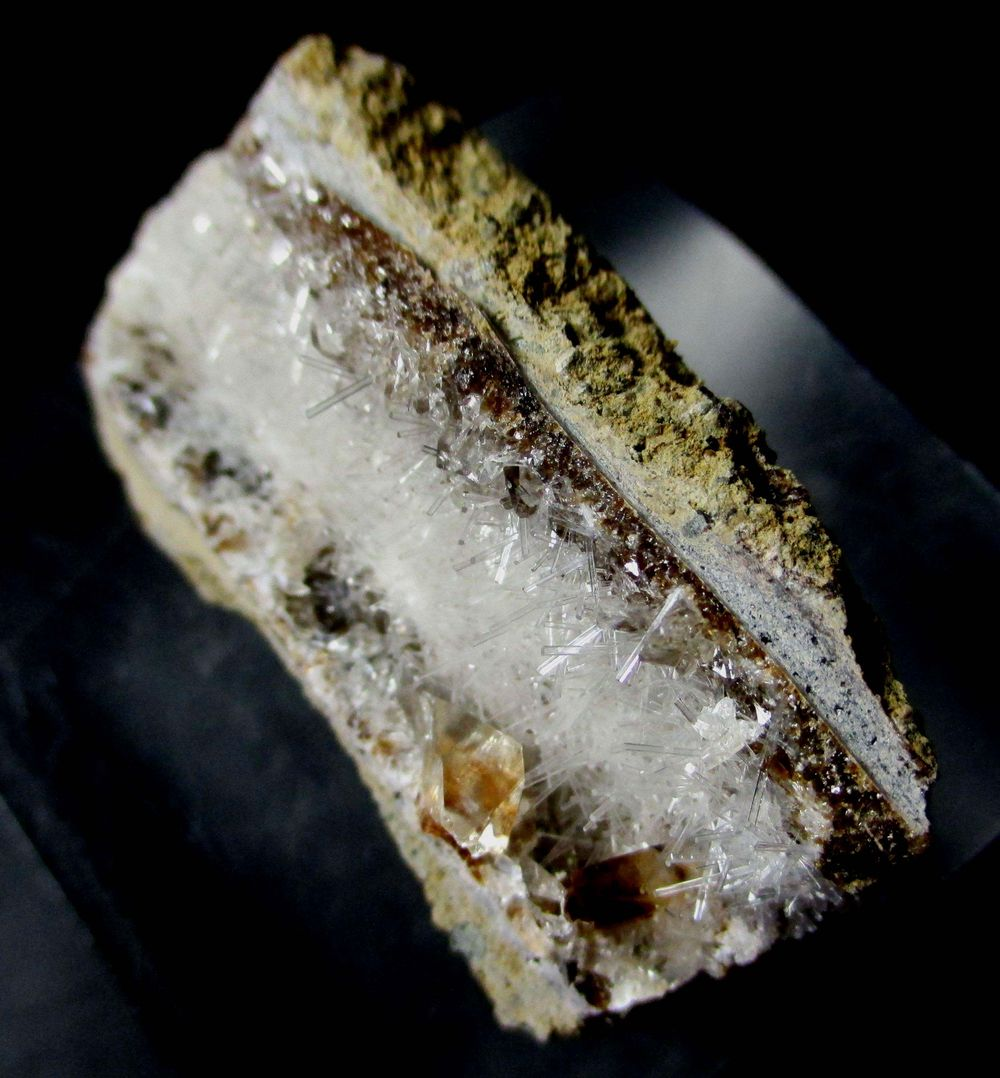 Natrolite Psm Fossil Wood & Calcite