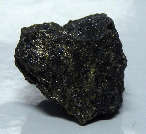 Isocubanite