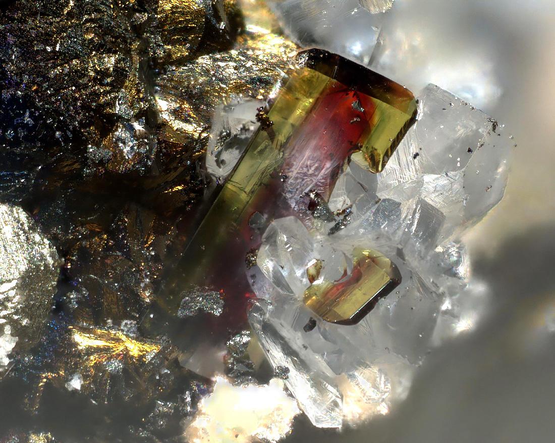 Terrywallaceite & Hübnerite