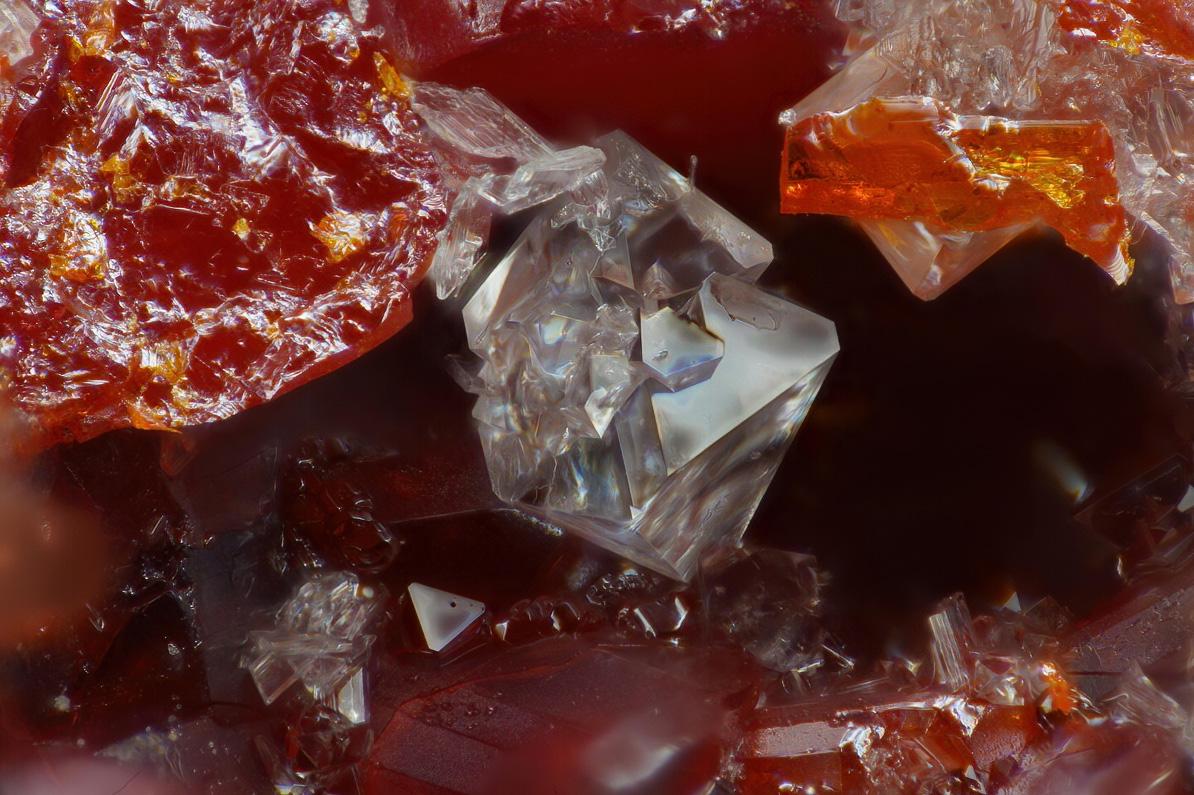Lanmuchangite Thalliumpharmacosiderite & Arsenolite