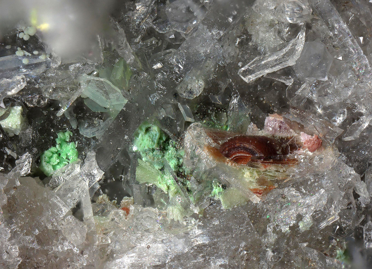 Dagenaisite & Zincospiroffite