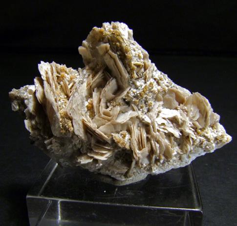 Bavenite On Calcite