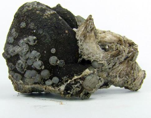 Sturtite On Kutnohorite & Calcite