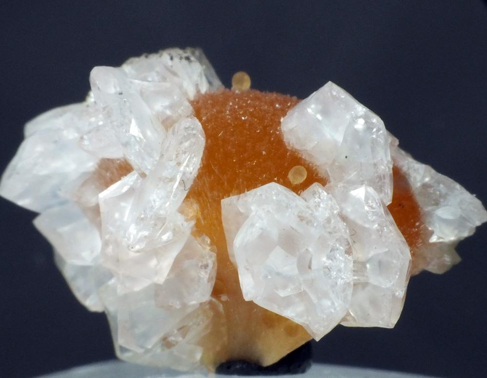 Chabazite On Ferroan Calcite